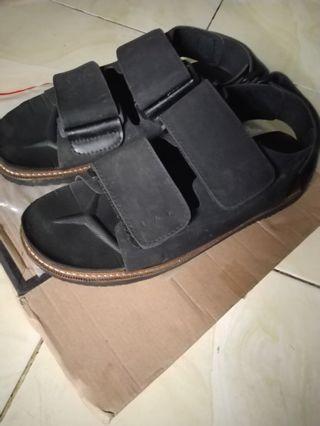 Navara sandal no hijack gunung casual formal pedro h&m uniqlo zara murah