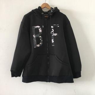 潮流品牌 | 熱血 black fever | 近全新 原價2880 聯名 熊貓 寬鬆 黑色 太空棉 連帽 外套