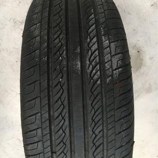 輪胎-Giticomfort-205 55 R16四條胎加鋁圈售3000元