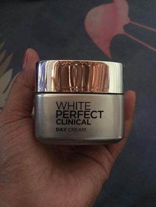 Loreal L'Oreal White Perfect Clinical Day Cream