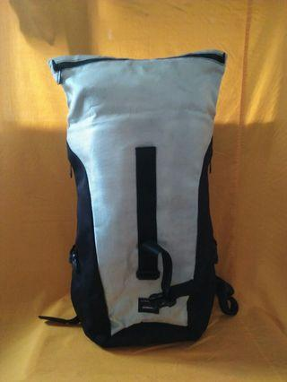 Crumpler backpack original 25-30L