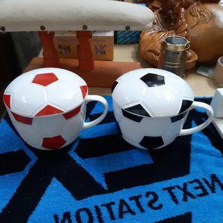 足球造型瓷器湯杯  紅黑兩色同售