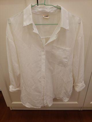 轉賣水莎白色薄襯衫罩衫