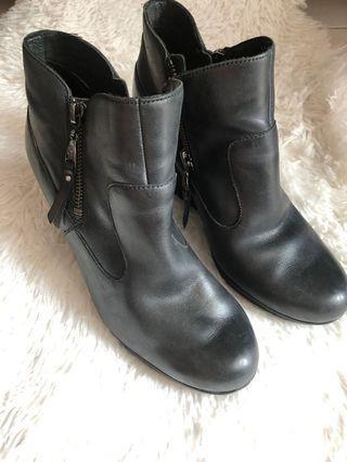 UGG Myrna Wedge Ankle Boots Sheepskin