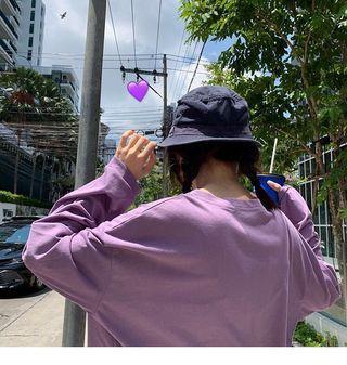 淡紫色長袖t恤 輕薄防曬寬鬆上衣