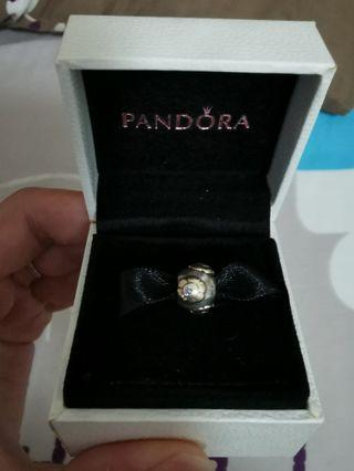 Pandora Charm gold plated floral