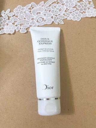 Dior 柔膚去角質霜