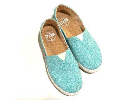 WAKAI Mint Green Slip On Shoes #joinoktober