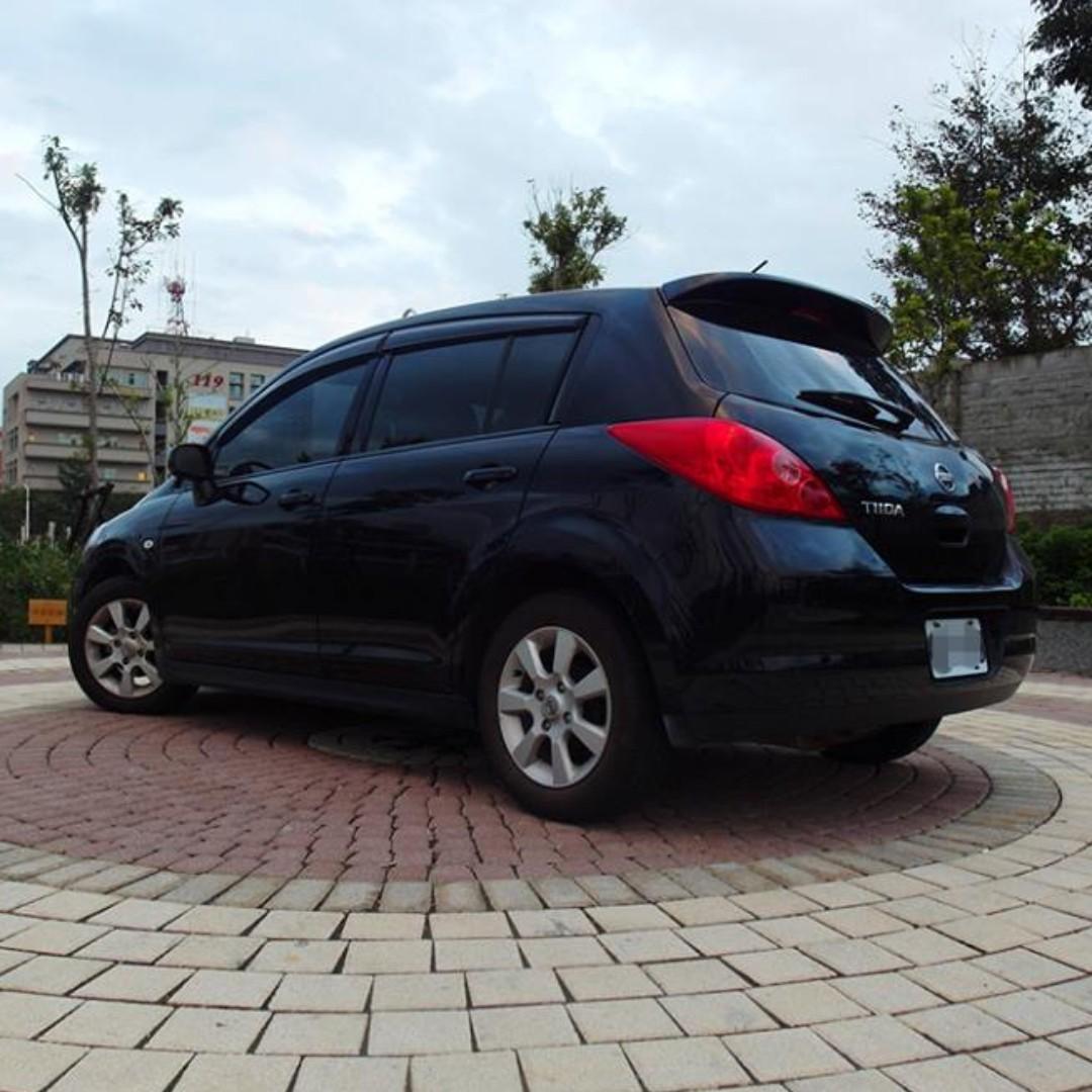 2012 Nissan Tiida 1.8 黑 5D『阿賢嚴選車坊』賞車專線:0908169110