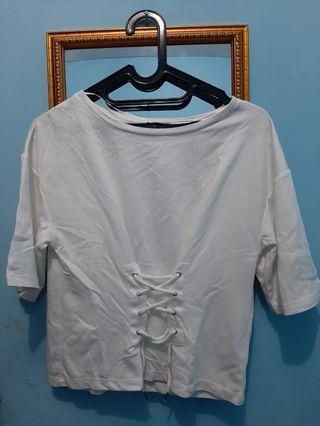 Kaos shirt blouse GU uniqlo putih