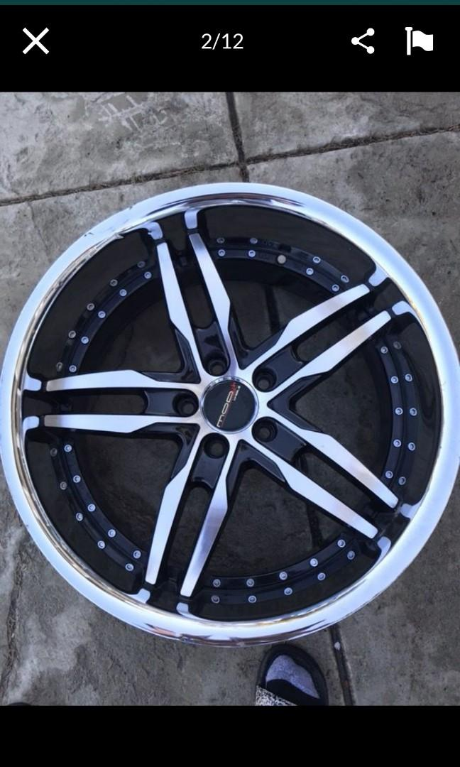 20x10 2 piece mod wheels offset is 40