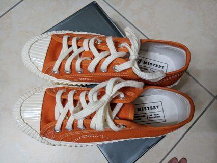 全新橘色百搭餅乾鞋