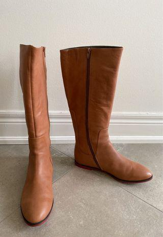 Womens Knee Length Boots, Size 8