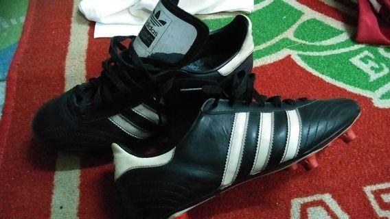 Adidas adi