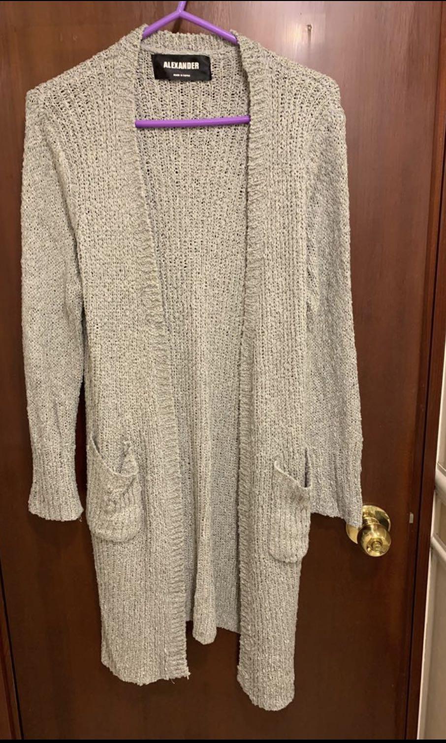 灰色長身針織外套