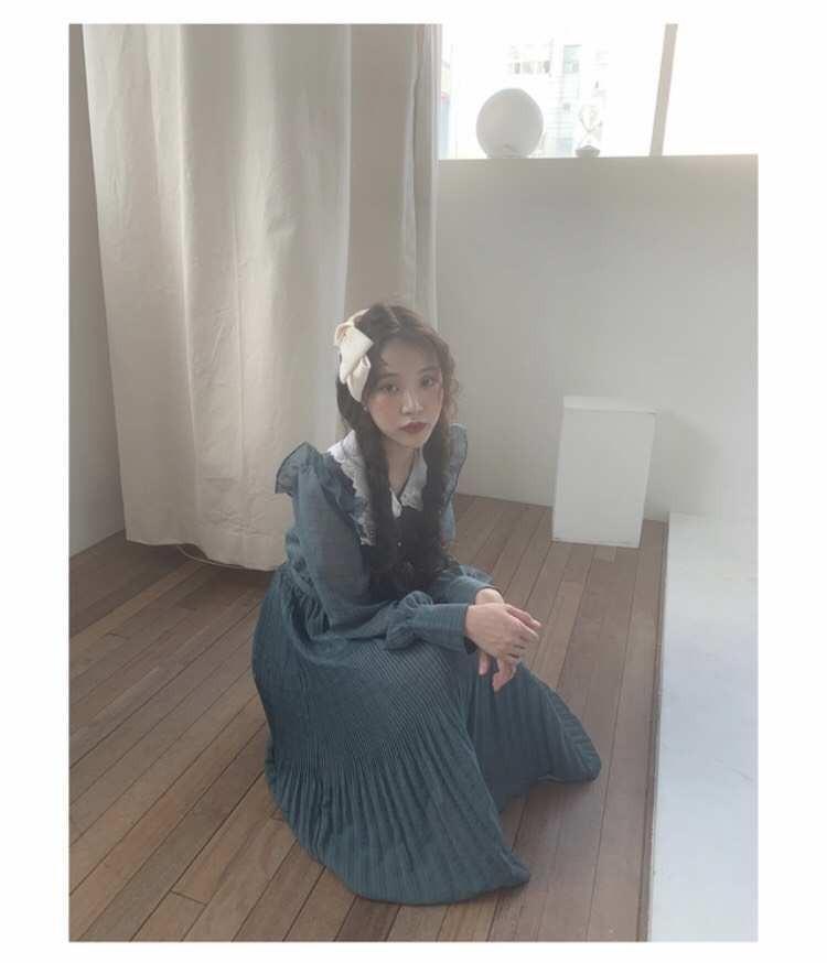 蕾絲娃娃領長袖洋裝(附愛心腰帶)