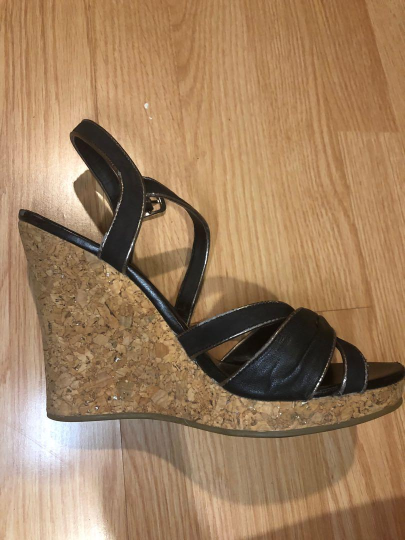 Aldo black strappy sandal cork wedges size 8 women's