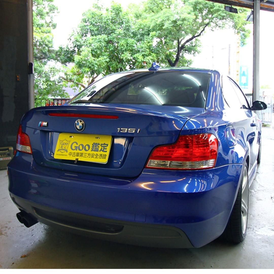 BMW E82 135i 雙門跑車