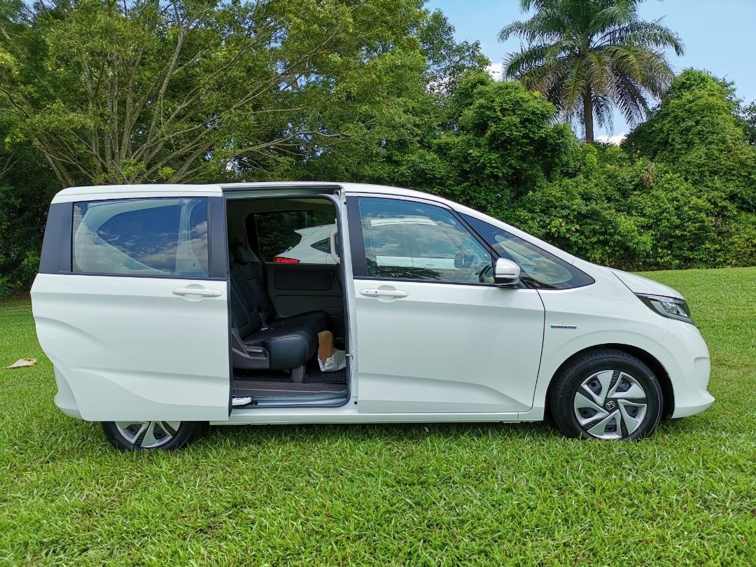 Brand New Honda Freed Hybrid 1.5 7-Seater Honda Sensing For Rent