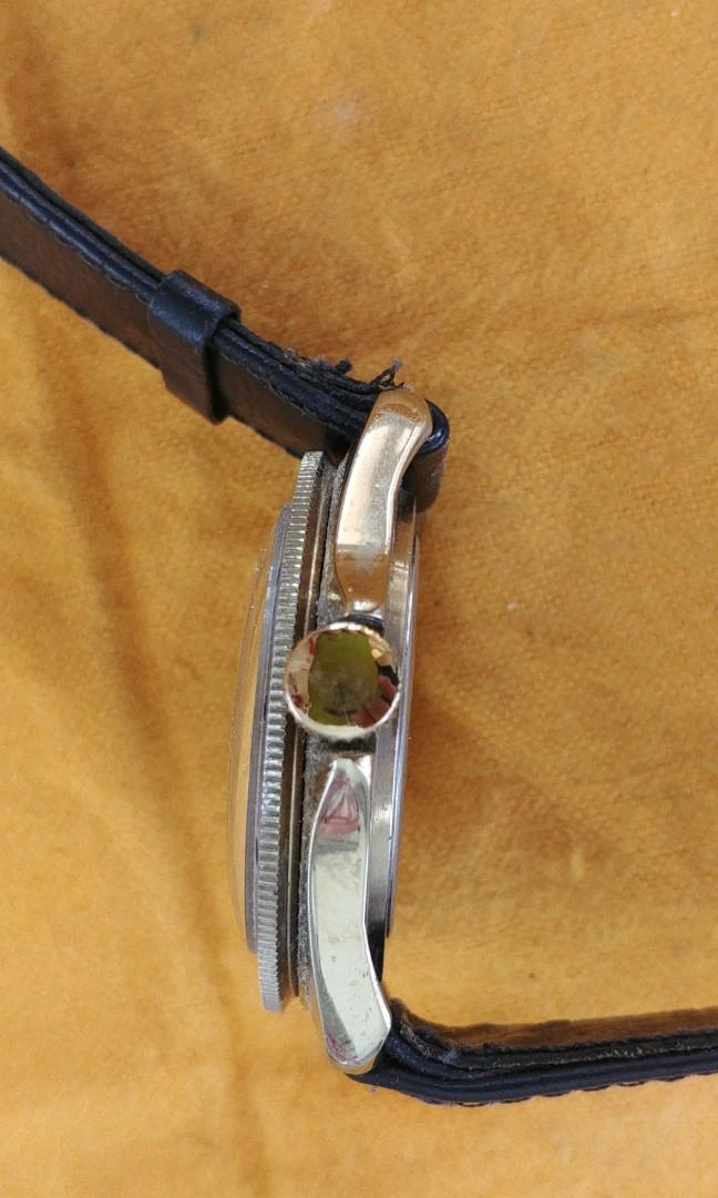 Cccp military winding watch w/date(Marine)