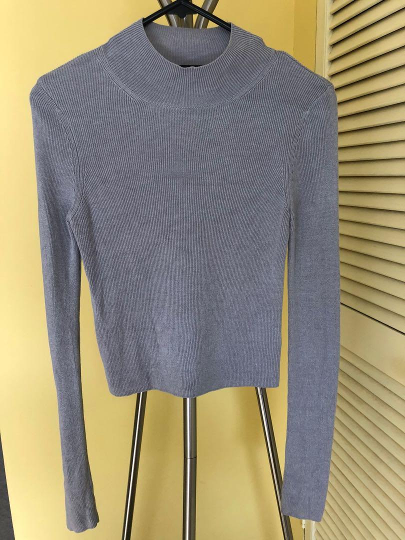 Grey Corp knitted top, super soft and goes well with everything
