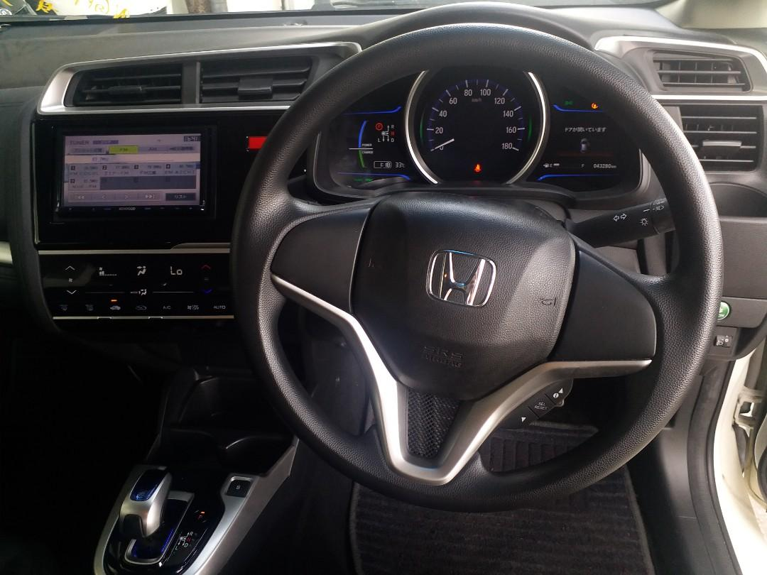HONDA FIT Hybrid GP5 2014