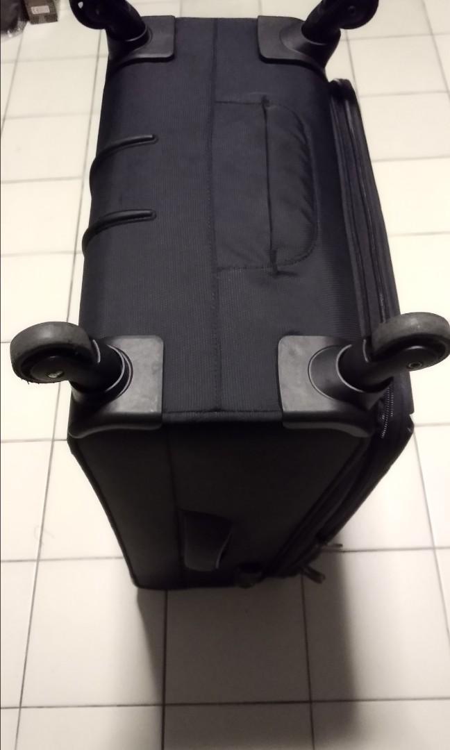 Luggage hush puppies 26 inch