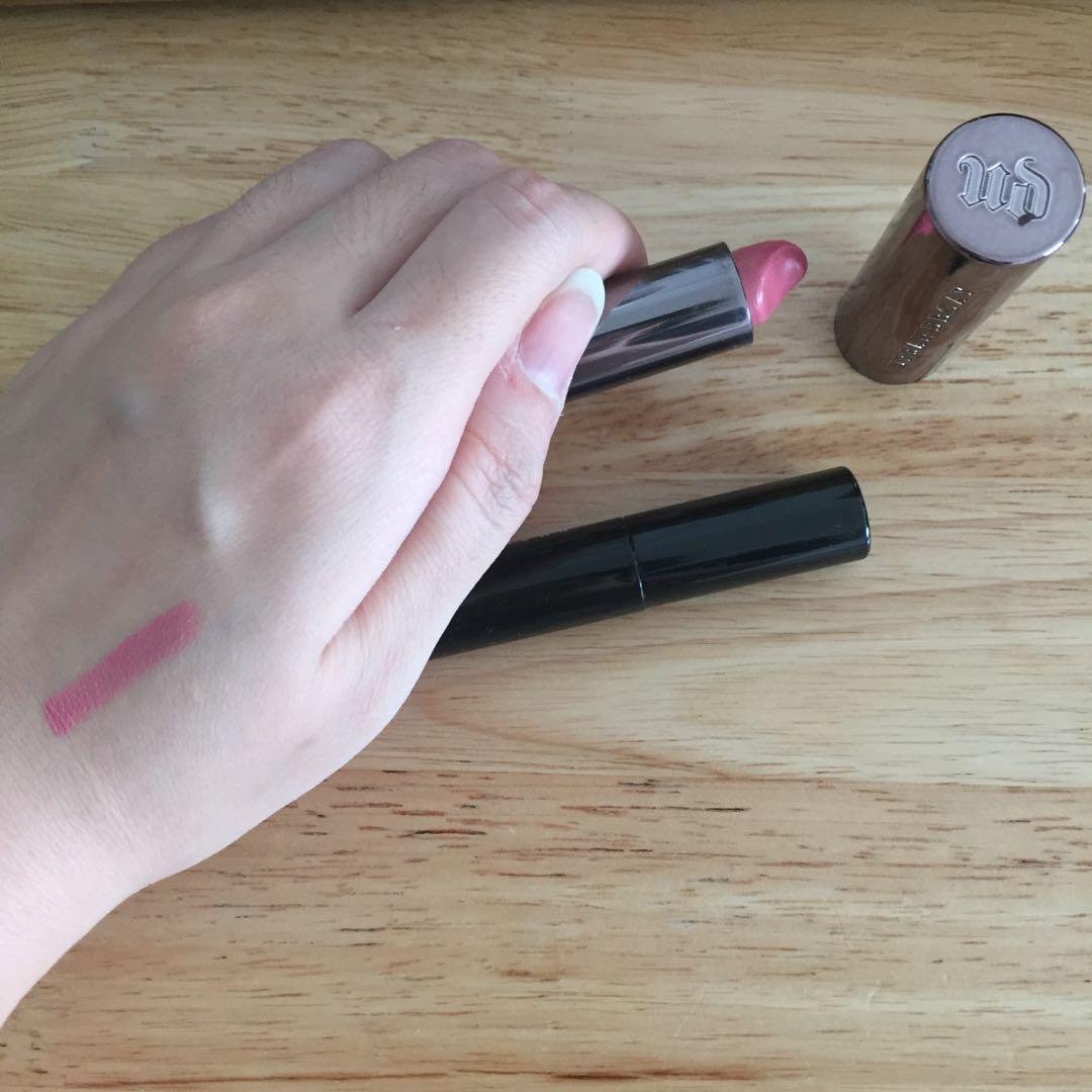 Urban decay lipstick & bobbi brown mascara