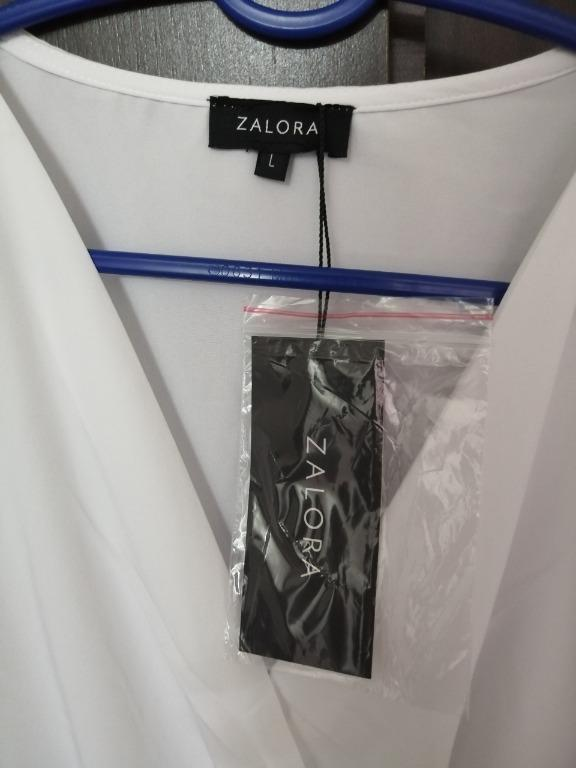 White top by zalora size L