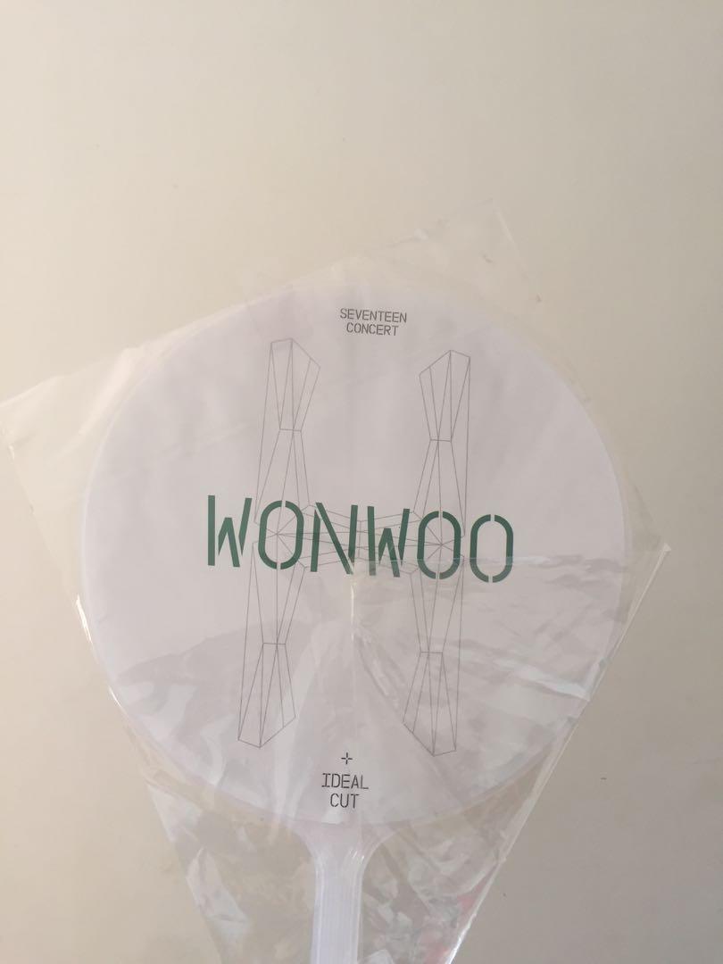 Wonwoo Ideal Cut Uchiwa