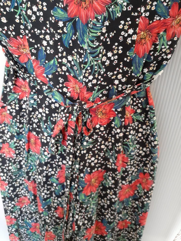 Zara Summer Floral jumpsuit sz XS