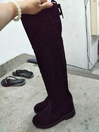 膝上長筒靴