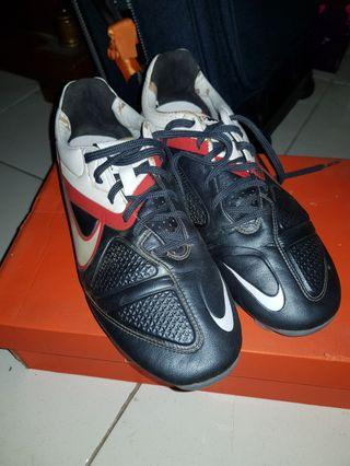 Nike CTR 360 authentic