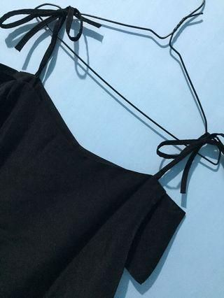 Black Sabrina tali top #joinoktober
