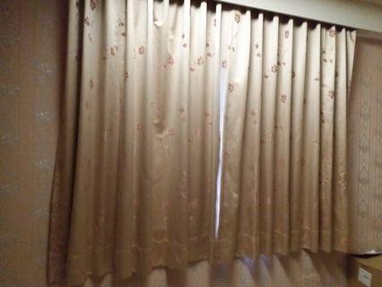 窗簾高度72公分 寬度201公分