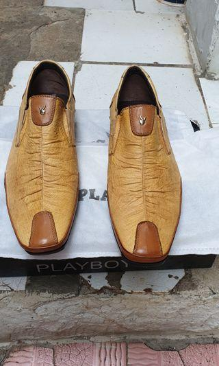 Sepatu Slip On Playboy Light Brown BNIB
