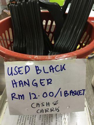 Black Hanger ( Bin ) 40 Pcs