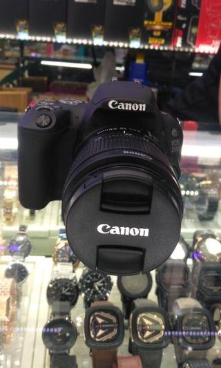 Canon EOS 200d like new