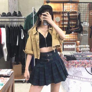 素色短版外套/針織V字小可愛/皮釦造型格紋百褶裙