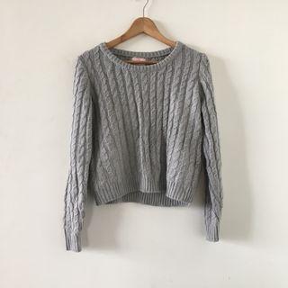 日本品牌 | titty&co | 高單價 近新 質感 灰色 麻花 厚實 微短版 針織 毛衣