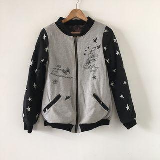 日本購入 | scolar | 原價一萬日幣 2way 雙面穿 美式 童趣 緞面 厚實鋪棉 拼接 棒球外套 飛行員 外套