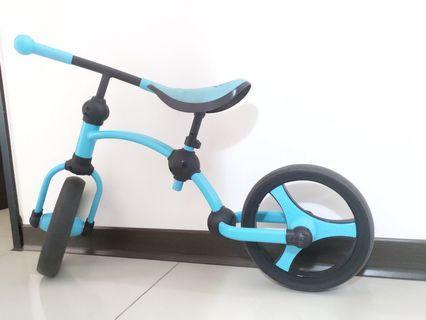 smarTrike 史崔克滑步車