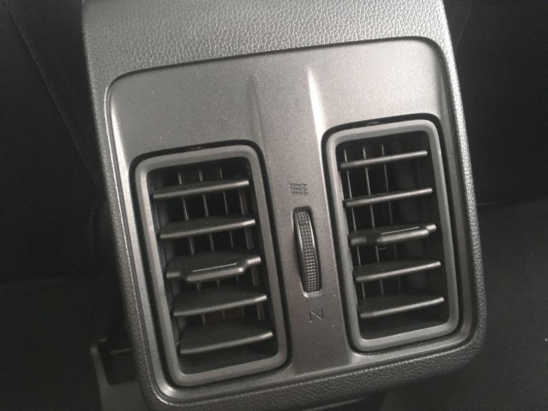 17年HONDA CITY VTI-S 新車保固期中 防滑 六安 日行燈 剛保養完 原漆原鈑件 內容有詳細照片