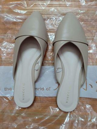 Vincci Sandal size 5