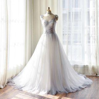 灰紫色蕾絲婚紗