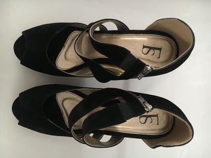 High heels Black by Farish