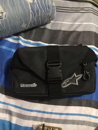 Alpine Start pouch bag