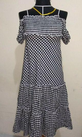 Dress kotak kotak Sabrina