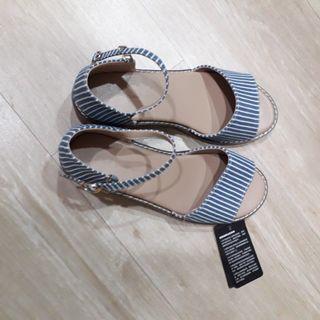 <全新> NET 氣質知性涼鞋