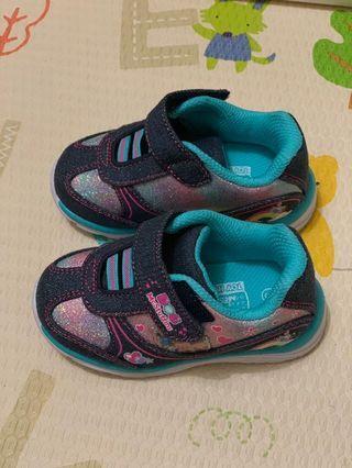 Sepatu anak Doc Mcstuffins
